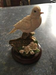 Vintage Country Artists Dove Figurine By Artist Michael Abberley