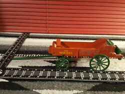 N I Horse-drawn Spreader 1/16 Diecast Farm Implement Replica By Scale Models