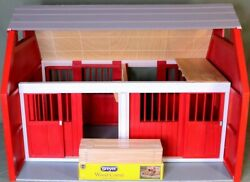 🐎 Breyer Horse Large Wood Stable Barn W/ New Corral 28.75 X 20.75 X 21.75