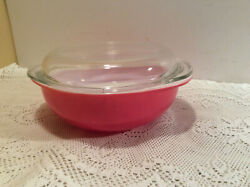 Pyrex 024 Pink Covered Casserole W/cake -pie Plate Lid 2 Qt No Chips
