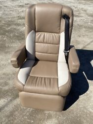 2019 Villa Rv Power Captainand039s Chair Seat Brown Motorhome Coach With Heat New