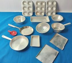 Metal Vintage Lot Of 14 Bakeware-pots-pans Cookware Toy Pretend Play