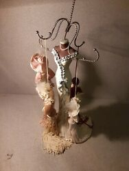 New Necklace Holder Small Mannequin Holding Dolls With Dresses