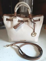 MICHAEL KORS Blakely Large Creme Beige Canvas Bucket Bag NWT $140.00