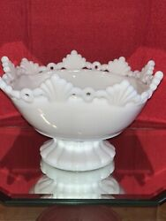 Vintage Westmoreland Ring And Petal White Milk Glass Pedestal Footed Square Bowl