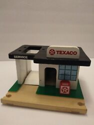 Vintage Replica Texaco Gas Service Station Car Lift Wood Toy Collector