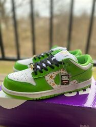 Nike X Supreme Sb Dunk Low Stars Green 2021 | Size 10.5 | Dh3228-101
