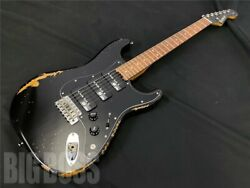 Edwards E-se-e-se-dandicircandeth Distressed Black Guitar Weo485