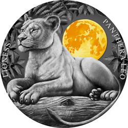 2021 - Niue - Lioness, Wildlife In The Moonlight Series - 2oz Silver Coin And Omp