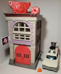 Vintage 1984 Kenner Real Ghostbusters Firehouse And Ecto-1 Complete Read