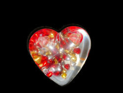 Vintage Acrylic Lucite Floating Beads Clear Heart Paperweight Pen Holder 80s Red