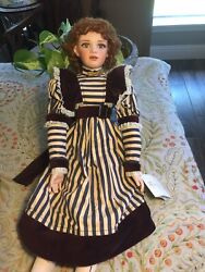 Beautiful 23andrdquoporcelain Doll Victoria By Jan Mclean Exclusively Yours Le 279/1000