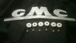 47 48 49 50 51 52 53 54 Gmc Pickup Truck Grille Grill Emblem With Hardware Oem