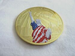 Colorized Medal1.75diam.statue Of Liberty -enlightening The World......7.8/1