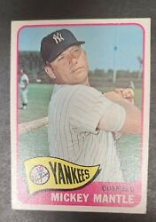 1965 Topps 350 Mickey Mantle Yankees