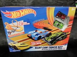 New Kidztech Hot Wheels Slot Car Track Set With 2 Cars 15.4 Feet Of Track