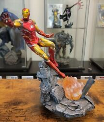 Iron Studios Marvel Ironman Mark Lxxxv 110 Scale Statue 10.5 In With Comic