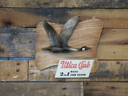 Utica Club 2 To 1 Wins For Taste Canadian Goose 50s 60s Piece Inv28