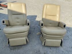 Flexsteel Rv Power Captainand039s Chairs Seats Pair Tan Motorhome Coach Used Worn
