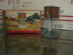 Plasticville Water Tower And Passenger Station B07