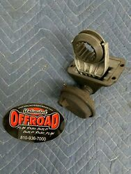 Used Jeep Wrangler Yj Vacuum Disconnect Actuator W/ Coupler