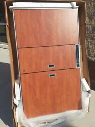 New Enovate E850 Medical Wall Station Lift Electronic Computer Stand Cabinet