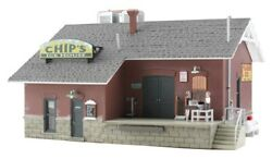 Woodland Scenics - Chip's Ice House - Built And Ready N Scale - Br4927