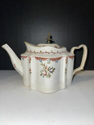 Staffordshire Teapot With Floral Medallions, England 1795-1800. Very Rare
