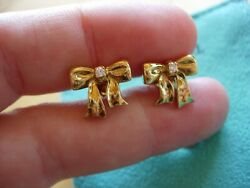 Vintage And Co. 18k 750 Yellow Gold Ribbon Bow Diamond Stud Earrings