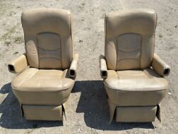 Flexsteel Rv Power Captainand039s Chairs Seats Pair Cream Motorhome Coach Used