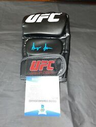 Sean Oandrsquomalley Signed Ufc Boxing Glove The Sugar Show The Champ Beckett 5