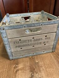 Vintage Fitchett Bros Dairy Wood And Metal Milk Crate And 12 Bottles Poughkeepsie Ny