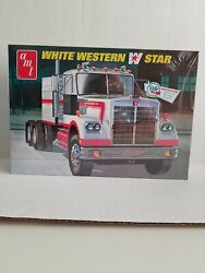 Amt 724/06 White Western Star Model Kit 1/25 Scale Factory Sealed