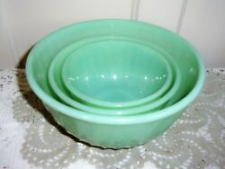 Fire King Jad-ite Swirl 9, 7 And 6 Inch Oven Ware Mixing Bowl Set