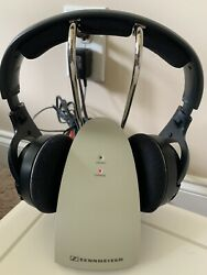 Sennheiser Rs 120 Wireless Headphones And Charger Stand Sounds Great Hdr120 Tr120