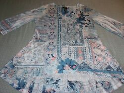 Ladies Style And Co. 3/4 Sleeves V-neck Sequin And Lace Details Polyester Tunic Sz M