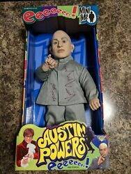 Vern Troyer Autographed 18 Mini Me And Business Card Austin Powers 1999 Mcfarlane