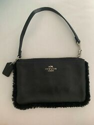 COACH BLACK PEBBLED LEATHER WRISTLET CLUTCH BAG SMALL $32.00
