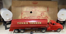 Vintage 1961 B-215 Red Tonka Tanker Truck And Water Tanks Includes Original Box