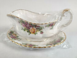 New Old Country Roses Gravy Sauce Boat Royal Albert Bone China W Underplate 12oz