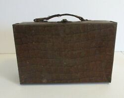 1915 Vintage Rare Antique Alligator Lunchbox Foreign Issue From England Wow
