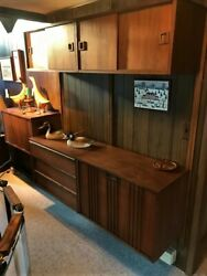Gorgeous Mid-century Modern Mounted Shelving Wall Unit P. Cadovius / G. Nelson