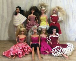 Vintage Mattel Barbie Doll And Totsy Lot Of 8 Dolls Crochet Outfits Clothing