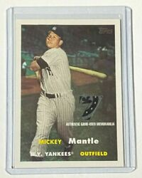 2007 Topps Baseball Mickey Mantle Game Used Jersey Memorabilia 2-color Yankees