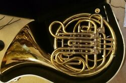Holton H378 Double Horn, Great For The Upcoming Middle School/ High Schooler