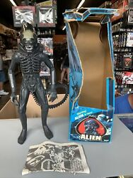 Vintage 1979 Kenner Alien 18 Poseable Action Figure Xenomorph Box And Poster