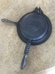 Griswold American Cast Iron Waffle Iron Maker No. 7  Pat'd 1908  Complete