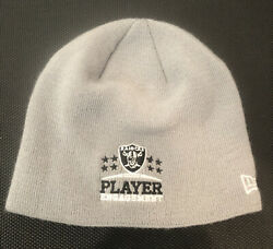 Player Engagement New Era Oakland L.a. / Raiders Beanie Give-away To Pro Players