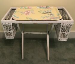Vtg Shabby Chic White Wicker Bed Breakfast Lap Tray With 2 Pockets + Floor Stand