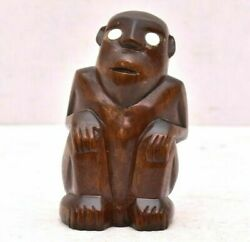 Rare Palau Micronesia Squatting Figure Mother-of-pearl Eyes Statue Hand Carved